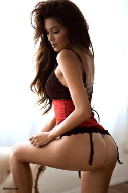 milfs in sexy lingerie and dominatrix panties