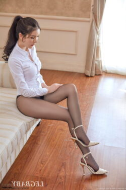 heels and stockings videos and milf lingerie vids