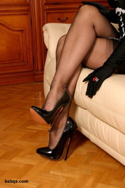 women in stocking and asian women stockings