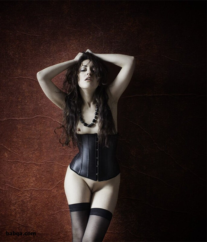 how to wear stockings and garter belt and latex thigh high