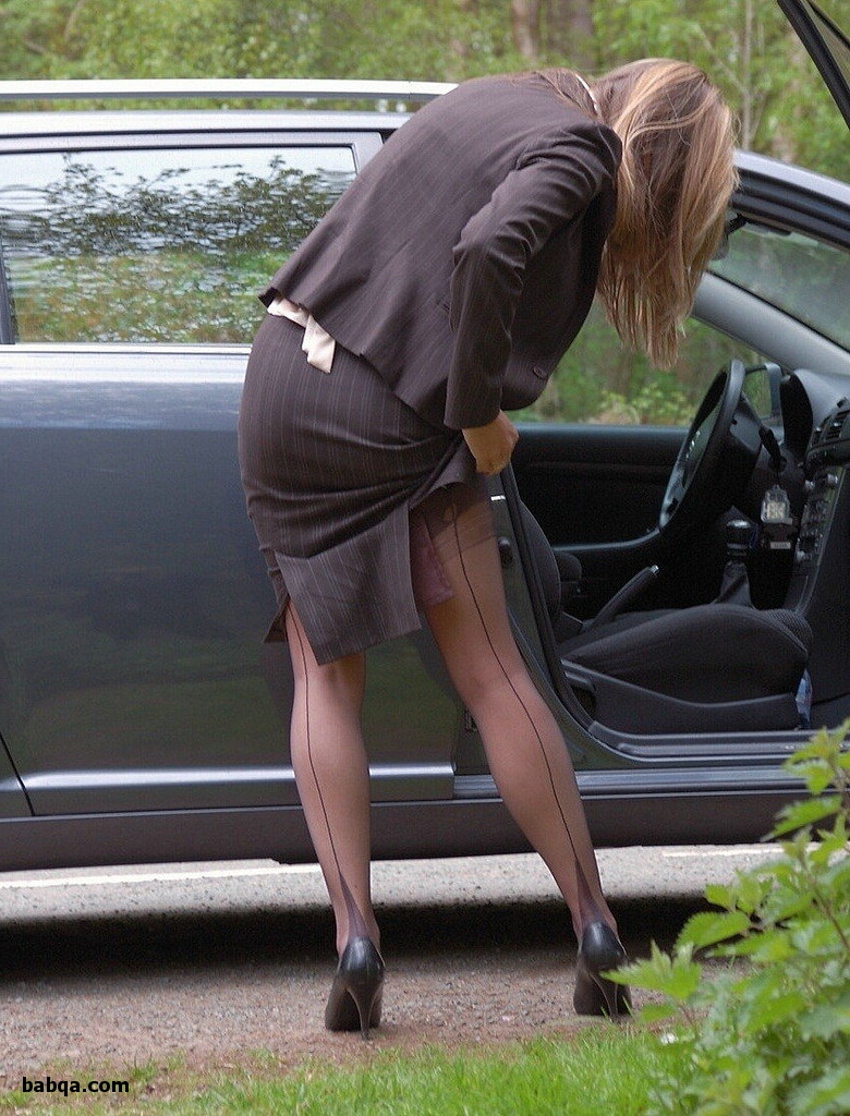 plump women in stockings and 3x thigh high stockings