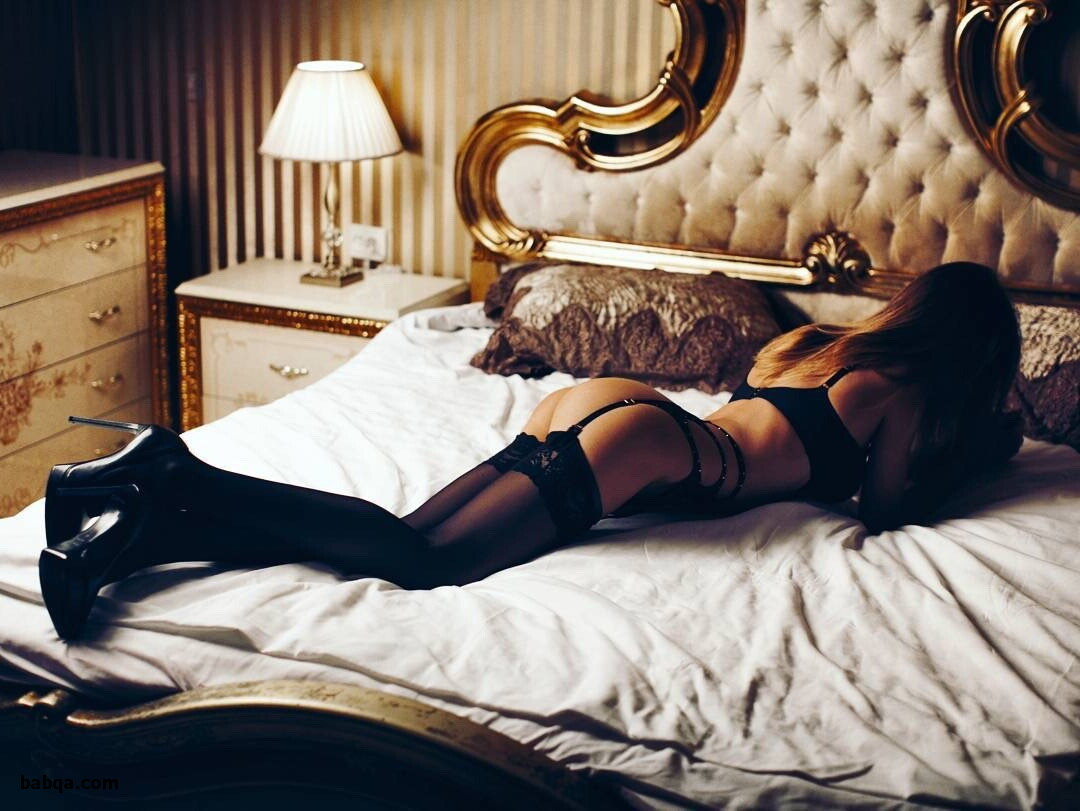 amateur stockings tube and women who love to wear stockings