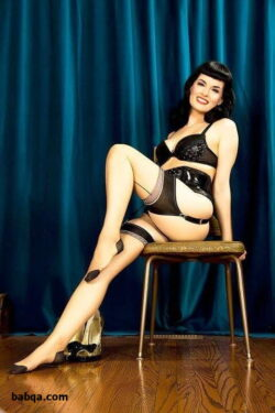 silk stocking stories and sexy stockings and suspenders