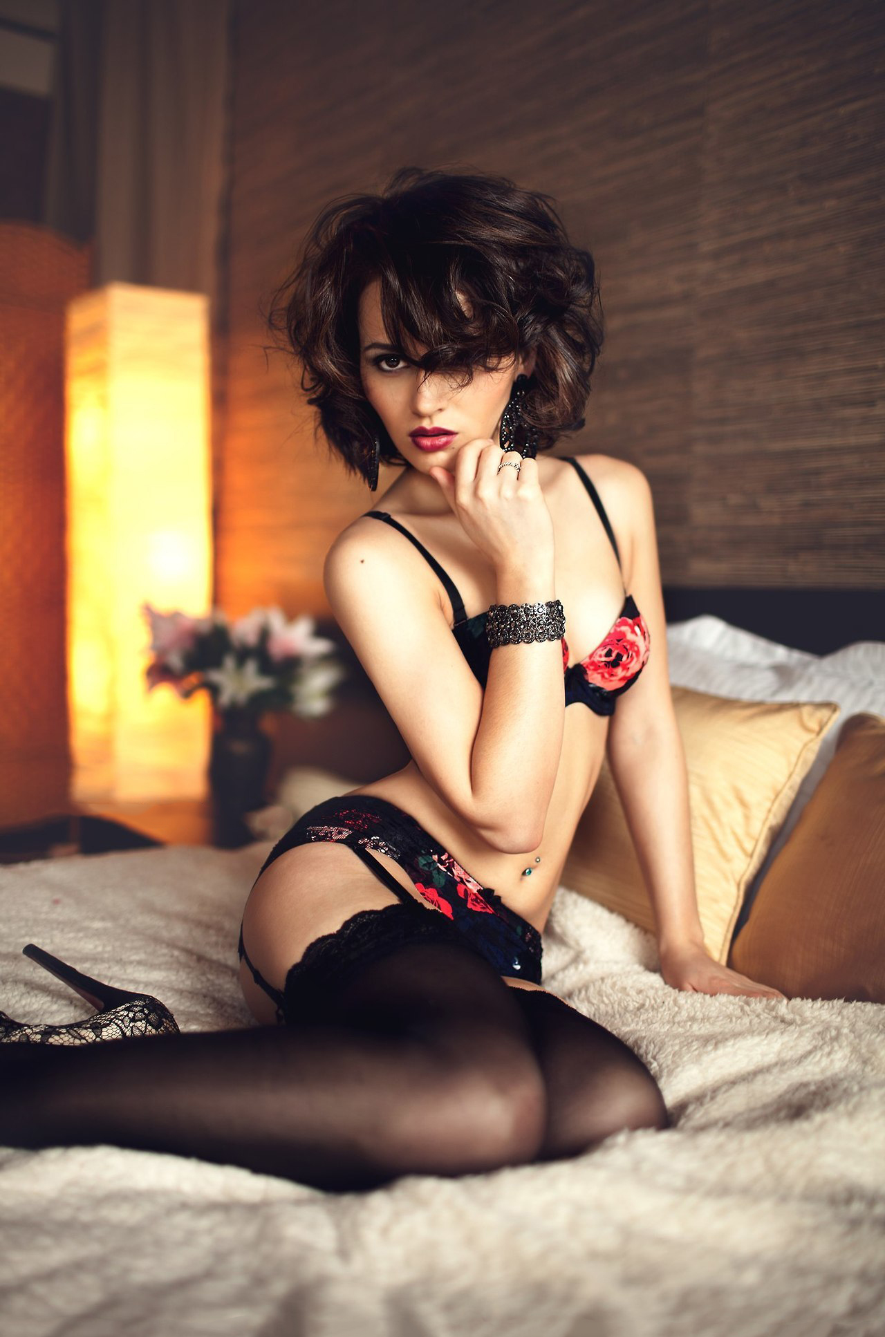 where can i my used underwear and sexy women in satin lingerie
